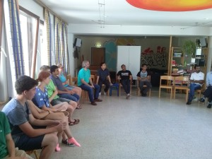 P. Dr. Franz Helm SVD zu Gast mit jungen Missionaren