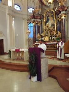 Adventkranzsegnung für die Klassen von St. Rupert