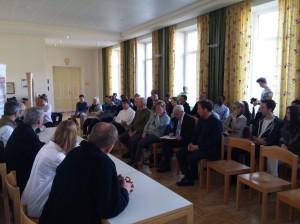 Bürgermeister Obinger und Gäste diskutieren über St. Rupert